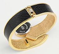 Женские Нарядные часы Модные часы Наручные часы Часы-браслет Кварцевый сплав Группа Кольцеобразный Элегантные часы Черный Белый Красный