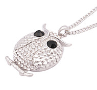 Fashionable Alloy Zircon Owl Pattern Necklace(Silver)