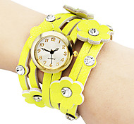 Women's Fashionable PU Leather Analog Quartz Bracelet Watch (Yellow)
