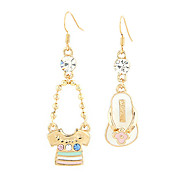 1 PCS T-Shirt & 1 PCS Slipper Shape Asymmetric Earrings