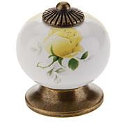 Ceramic Ternate Rosa amarela Botão Handle Gaveta