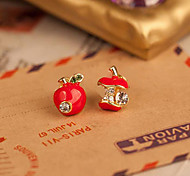 Sul-coreano pequena jóia por atacado da moda bonito esmalte vermelho queda de brincos assimétricos maçã (cor aleatória)
