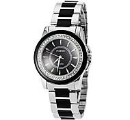 Unisexe simple Diamante cadran rond en alliage de quartz de bande de montre de mode analogique