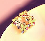 lureme®crystals smalto modello di fiori c orecchini di figura