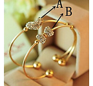 With Elegant Drill Hearts Love Knot Bracelet