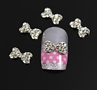 10pcs Fashion Rhinestone Heart Bow Tie Nail Art Decoration