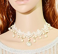European Retro  Dripping Pearl Lace Necklace