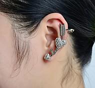 Stone Set Heart Love Ear Cuff