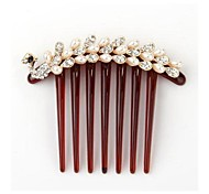 Vintage Peacock-Shaped With Artificial Diamond Pearl Plastic Hair Comb (1Pc)