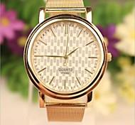 casual or de style bande en acier inoxydable montre-bracelet à quartz analogique des femmes