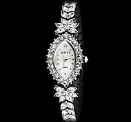 la mode féminine olivaire cadran bracelet à quartz de bande en acier Diamond Watch (couleurs assorties)
