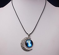 Eruner®Milky Way Galaxy Moon Necklace