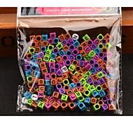 200 6mmrainbow coloridas goma telar de color banda de granos de la letra macroporoso