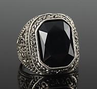 z&X® anillo declaración de estilo de los hombres europeos de época (2 opciones de colores: rojo negro,) de la joyería