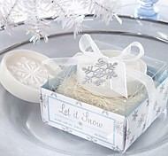 Holiday Gifts Christmas Snowflake Shape Soap (Random Color)