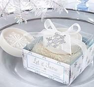 праздничные подарки Рождество снежинка форма мыла (случайный цвет)