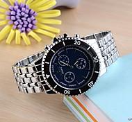 robe de quartz en acier analogique de la montre la montre des hommes (couleurs assorties)
