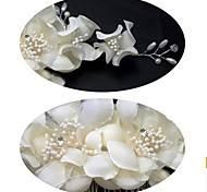 Beautiful Wedding Headpiece with Flowers