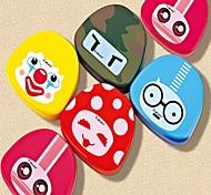 Cartoon Family Portrait Character Plastic Cantact Lens Case (Random Color)