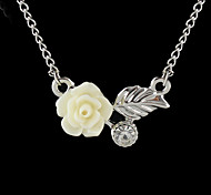 2015 Wholesale Cheap Silver Plated Resin Flower Fashion Necklace