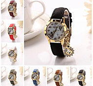 Women's  Butterfly Dial Diamante  Hand  Sea Horse  Leather Quartz Wristwatches  (Assorted Color)C&d314