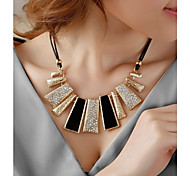 New Style Europe and Korea Fashion Exaggeration Necklace Short  Chain Clavicle  Necklace
