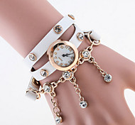 Women's Round Dial Case Pearl Watch Brand Fashion Quartz Watch(More Color Available)