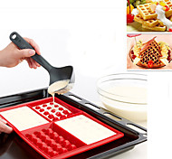 4 Cavity Fancy Bundt Waffles Rubber Cake Biscuit Pan Silicone Mold Baking Mould