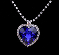 Fashion Jewelry Women's Crystal Heart Pendant Alloy Necklace (Blue)