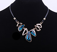 Fashion Women's Choker Necklace with Trilateral Blue Glass Crystal Accessory