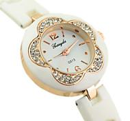 Women's Diamante Flower Dial Plastic Band Quartz Analog Wrist Watch