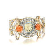 Sjeweler Girls Female Golden Pearl CZ Diamond Bracelet Watch Cool Watches Unique Watches Fashion Watch