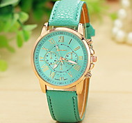 Lady's Fashion Geneva Casual Watch Gold Case PU Strap