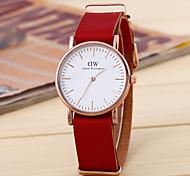 Frauen Retro-Mode einfachen Rundriemen chinese Uhrwerk (verschiedene Farben)