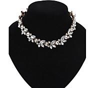 Cusa Vintage Flower Pendant Necklace