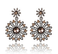 HUALUO®European and American Fashion High-Grade Crystal Full Diamond Earrings