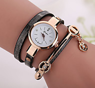 Fashion Casual Long Leather Strap watches Women Popular Jewelry Ethnic Style Surround Wrist Quartz Watch Clock 4 Colors