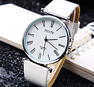 Men's Business Trend Round Rome Number Dial PC Movement Leather Strap Fashion Quartz Watch (Assorted Colors)