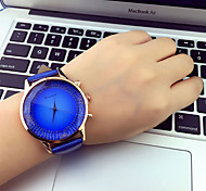 Women's Watch Round Dial Fashion And Luxury Watch PU Band