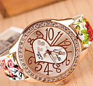 Frau Herz-Bügel-Armbanduhr