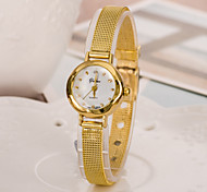 Diamond Women Quartz Watch with Alloy Band