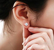 Lureme®  Korean Fashion 925  Sterling Silver Crystal Clover Hypoallergenic Earrings