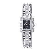 Women's Original Fashion Exquisite Hand Chain Rectangular Dial Alloy Band Quartz Analog Wrist Watch(Assorted Color)