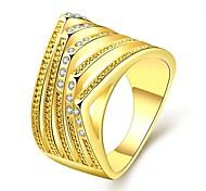 Ring Kubikzirkonia vergoldet Rose Gold überzogen 18K Gold Imitation Diamant Klassisch Modisch Gold Rose SchmuckHochzeit Party Halloween