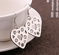 European and American fashion heart-shaped earrings earring