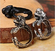 The New European And American Wind Restoring Ancient Ways Is The Dog Animal Woman Ring