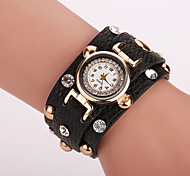 Xu™ Ladies' Fashion The Rivet Diamonds Bracelet Quartz Watch Cool Watches Unique Watches