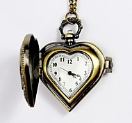 Unisex Pocket Watch Classical Filigree Heart-Shaped Quartz Flip Pocket Watch Cool Watches Unique Watches