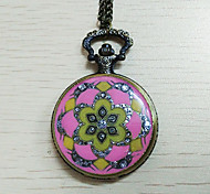Unisex Pocket Watch Europe And Diamond Flower Quartz Flip Pocket Watch(Assorted Colors)