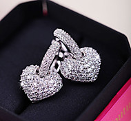Женский Любовь Сердце Мода Pоскошные ювелирные изделия Циркон Цирконий Медь В форме сердца Бижутерия Для Повседневные